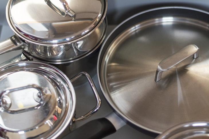 2. Utensilios de cocina de aluminio no limpiar con soda