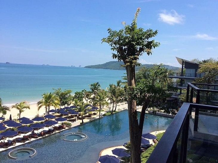 20 Espectaculares Fotografías De La Maravillosa Kabri En Tailandia piscina de un Resort