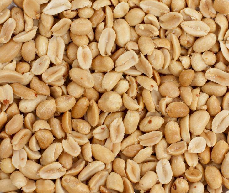 1. Los cacahuetes son una gran fuente de biotina (vitamina H)