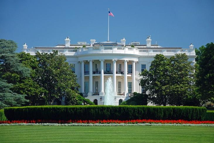 1. El refugio antiaéreo en la Casa Blanca