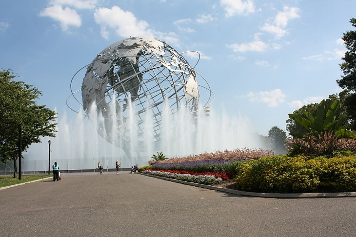 15 Fuentes De Todo El Mundo Diseñadas Para Asombrarte Fuente Unisphere, Nueva York, EE. UU.