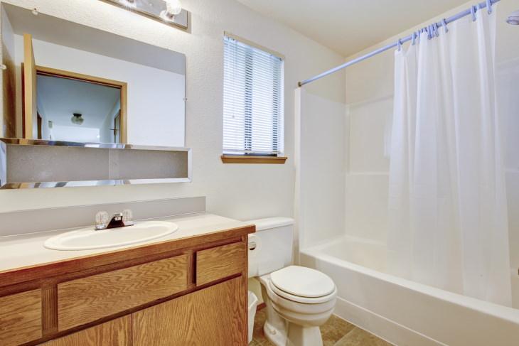 2. Evita que el moho se acumule en la cortina de la ducha.