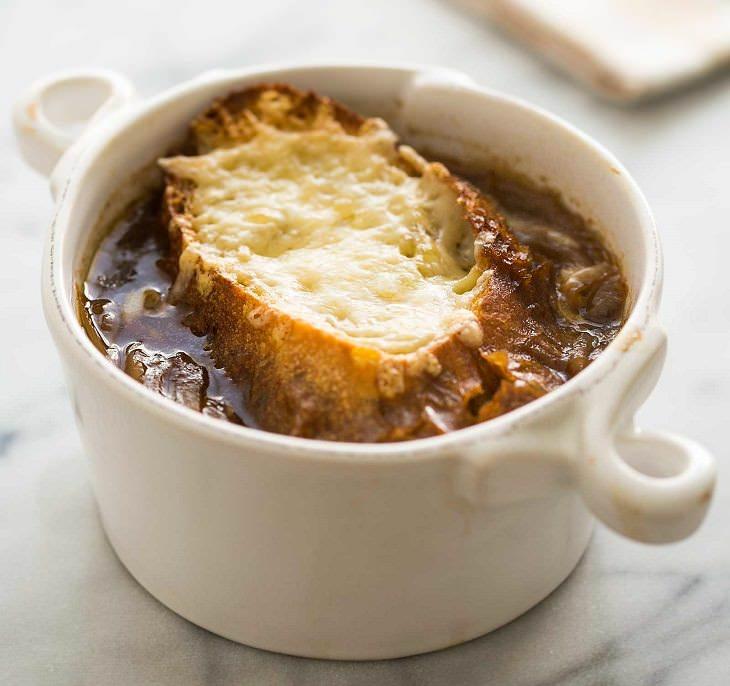 Prepara Una Sopa Francesa De Cebolla Para Calentar Tu Día