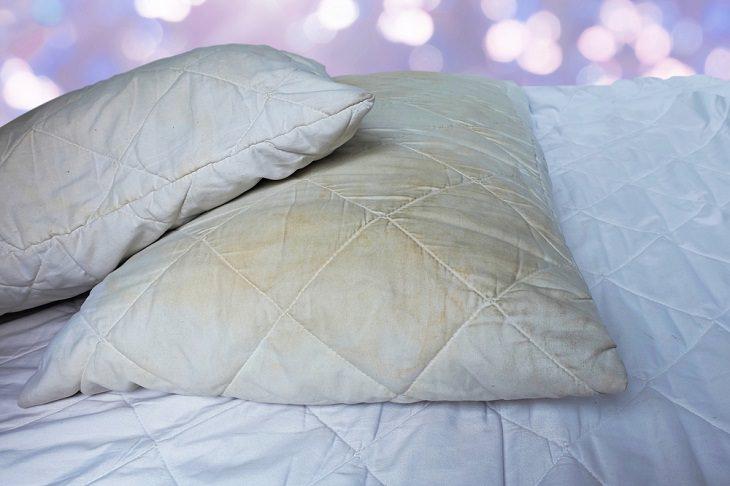 Consejos Prácticos Para Mantener Tus Almohadas Libres De Gérmenes