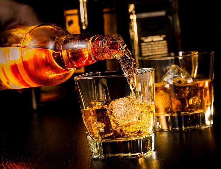 Desesperada Necesidad De Whisky
