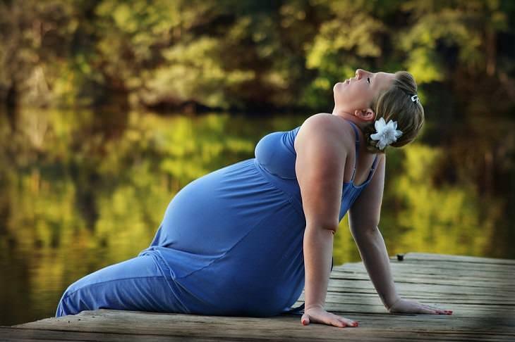 10 Síntomas Comunes De Embarazo y Cómo Lidiar Con Ellos