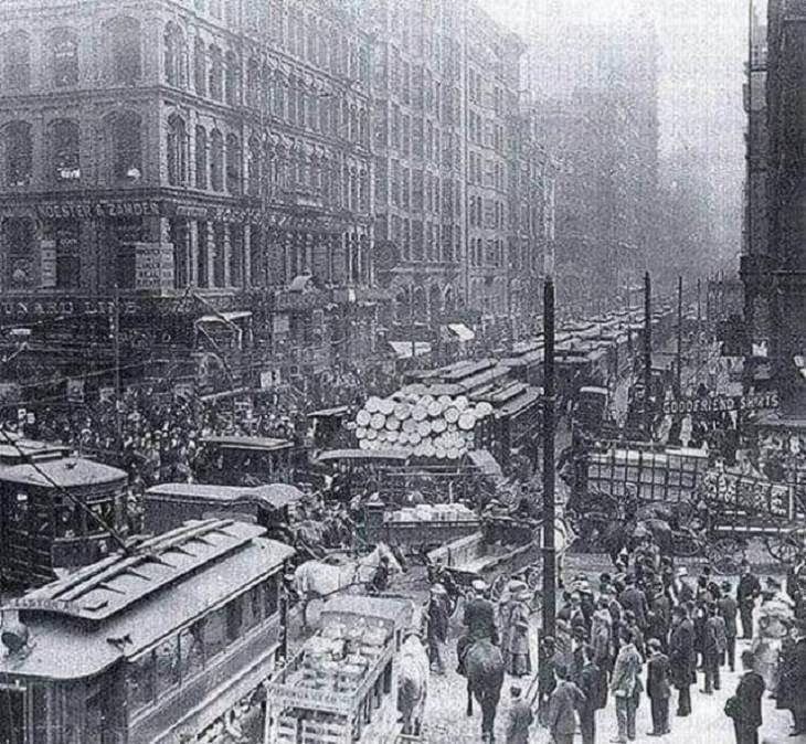 Fotografías Históricas Así solía ser la hora pico en la ciudad de Nueva York, 1909