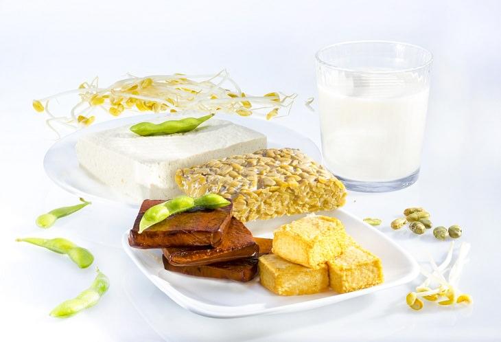 Tofu, tempeh y edamame proteina vegetal