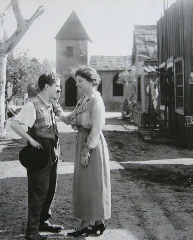Fotos Antiguas De La Historia Charlie Chaplin y Helen Keller (1919)