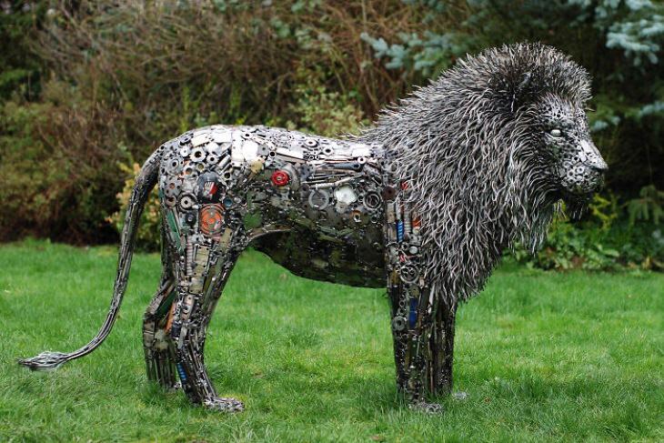 Magníficas Esculturas de Brian Mock león