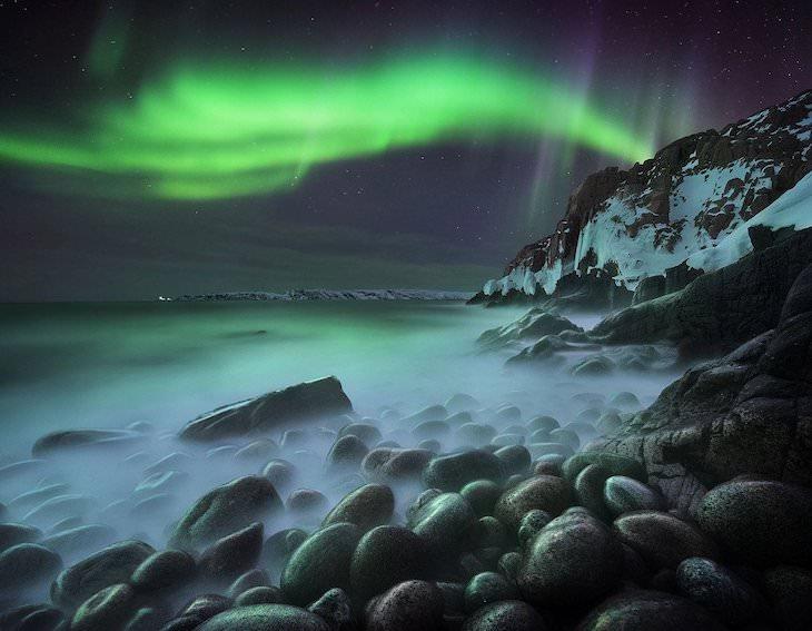 """Las Mejores Fotos De Auroras Boreales Del 2020  """"Danza celestial"""" de Sergey Korolev"""