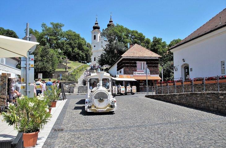 lugares para visitar en Hungría Tihany