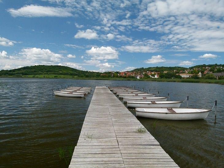 lugares para visitar en Hungría Tihany muelle