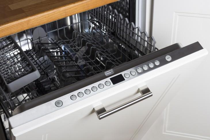 Guía para limpiar el lavavajillas