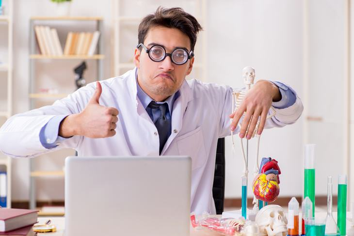 Chiste: Las Especialidades Médicas En Japonés