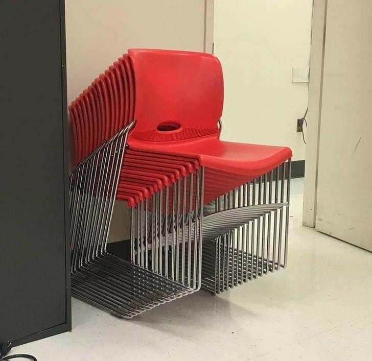 Divertidas imágenes que engañarán tu sentido de visión ilusión óptica sillas