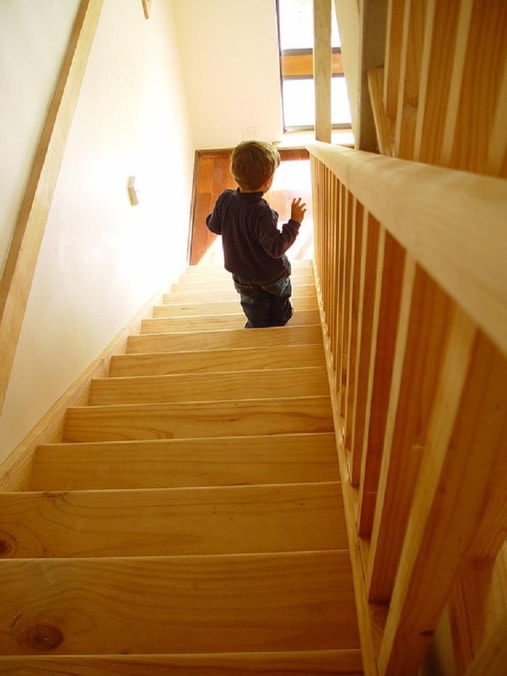Cómo mantenerte activo durante la cuarentena Sube las escaleras