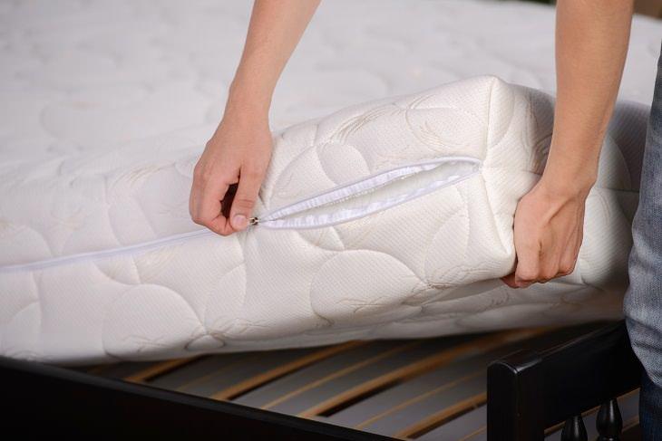 Consejos de limpieza Puedes desinfectar un colchón con un spray