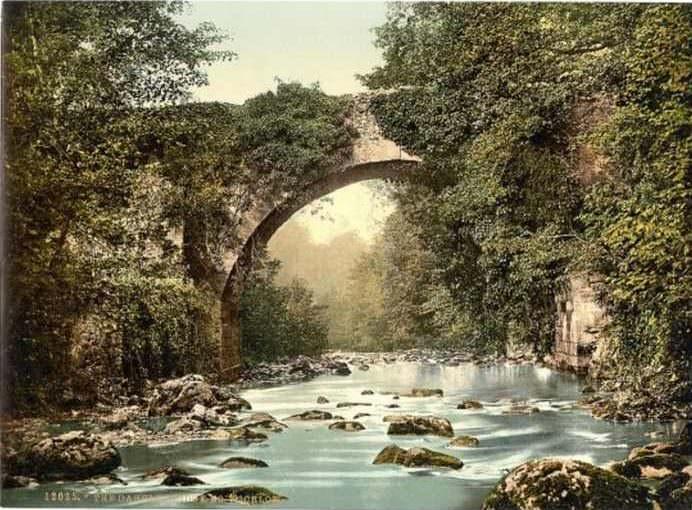 Imágenes De Irlanda De Hace 120 Años El puente de Dargle
