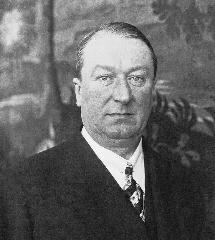 El visionario fundador de Bugatti - Ettore Bugatti