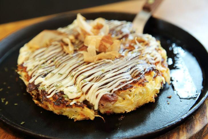 Platillos reconfortantes Japón- Okonomiyaki