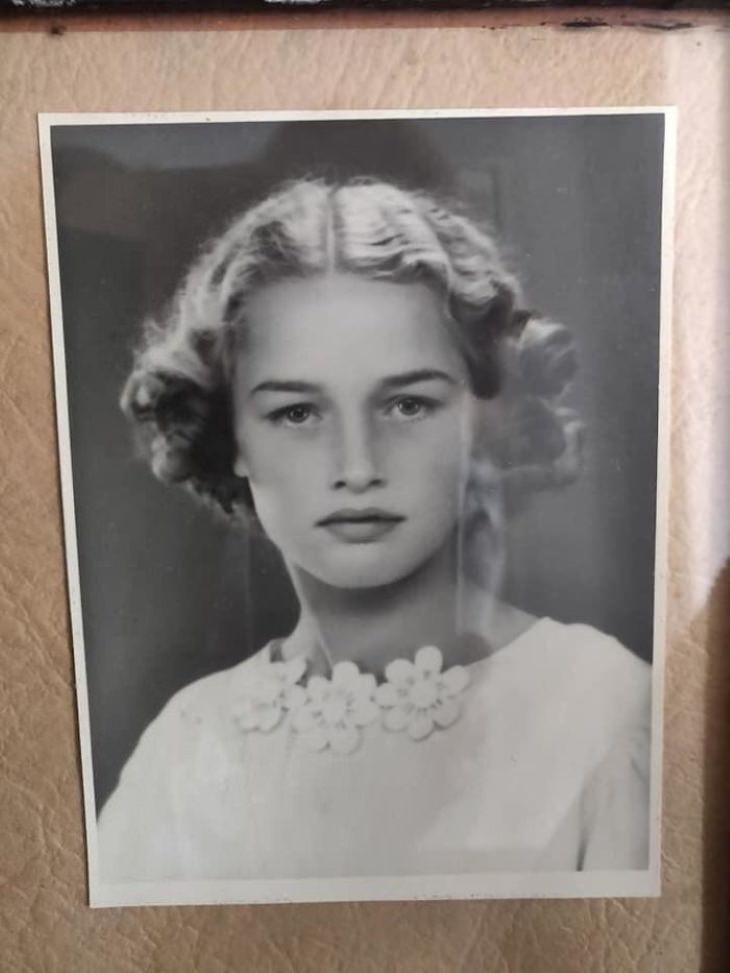 """1. """"Mi abuela en su día de confirmación en 1941. Ella tiene 14 años en esta foto"""""""