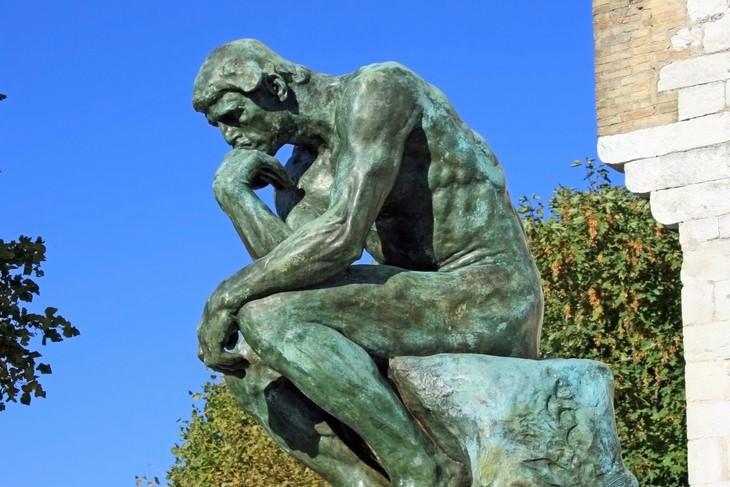 Historia detrás de obras de arte El pensador
