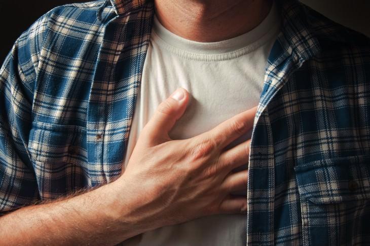 Causas de los sudores nocturnos Enfermedad por reflujo gastroesofágico (ERGE)