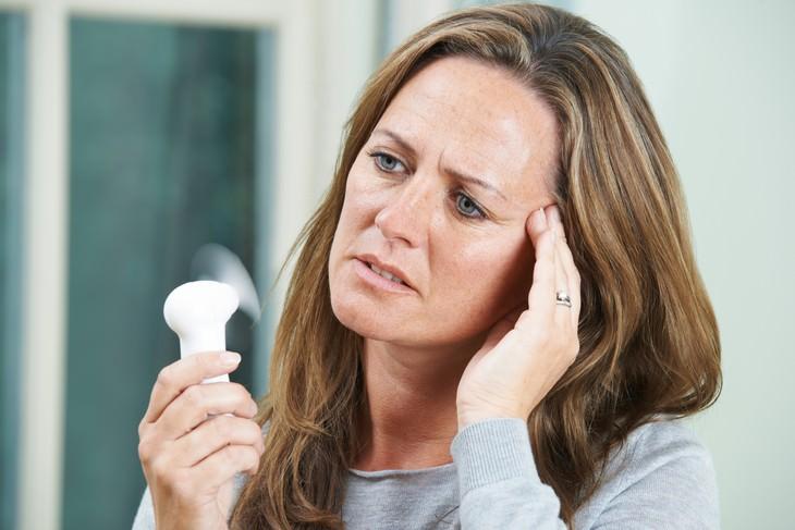 Causas de los sudores nocturnos Trastornos hormonales