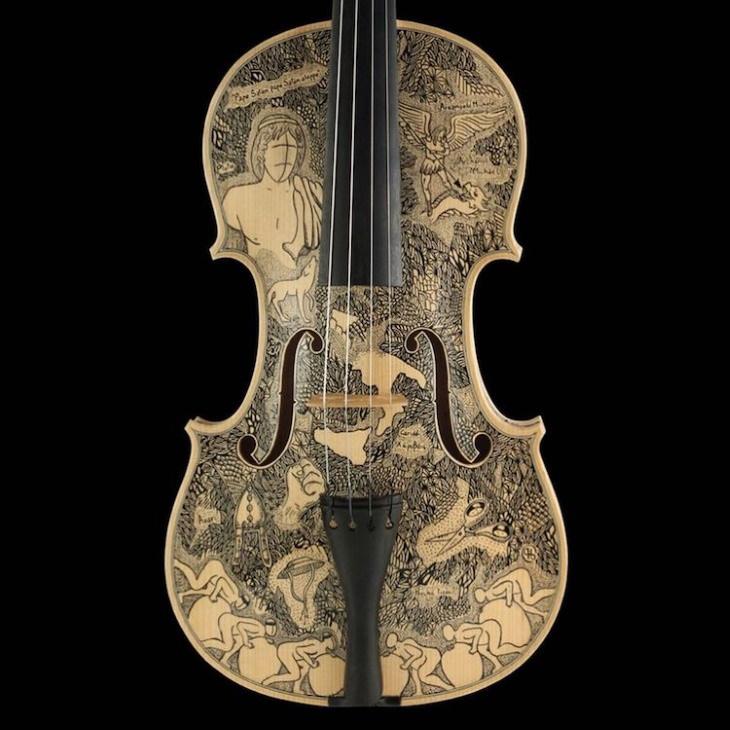 Violines decorados por Leonardo Frigo emperador