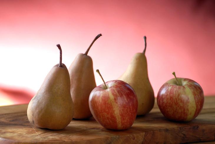 1. Manzanas y peras