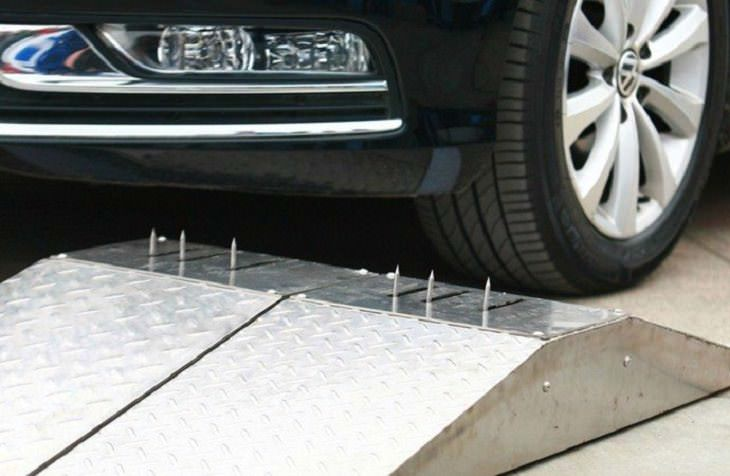 Selfseal tires: nails