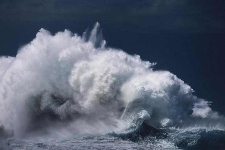 Asombrosas Fotografías De La Fuerza y Belleza Del Océano ola reventando
