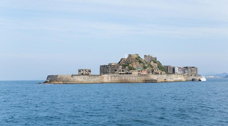 La Impresionante Historia De Estos 9 Sitios Abandonados Isla Hashima, Japón