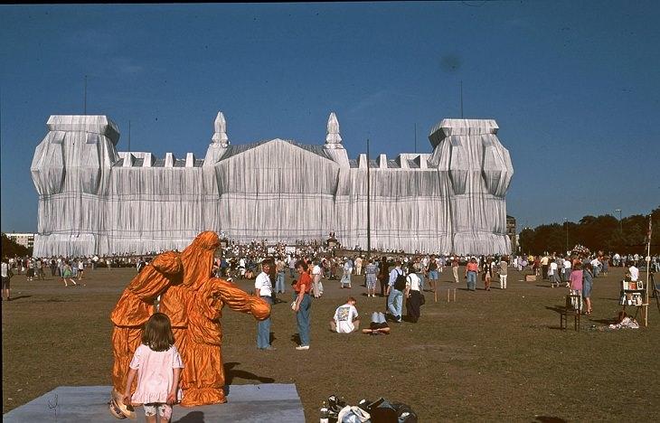 Arte de Christo Javacheff Edificio del Reichstag Envuelto, 1995