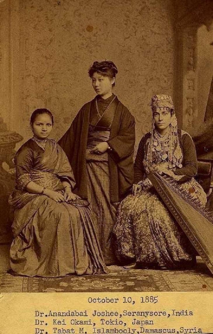 fotos antiguas Estas tres mujeres completaron su educación como médicas en Filadelfia en 1885