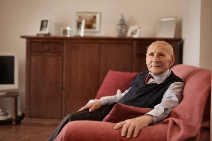 Sedentary Lifestyle and Cancer elderly man sitting