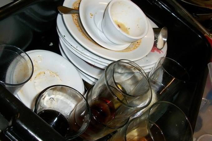 A pile of dirty dishes
