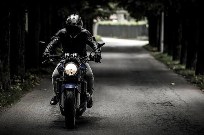memory quiz: man on motorcycle