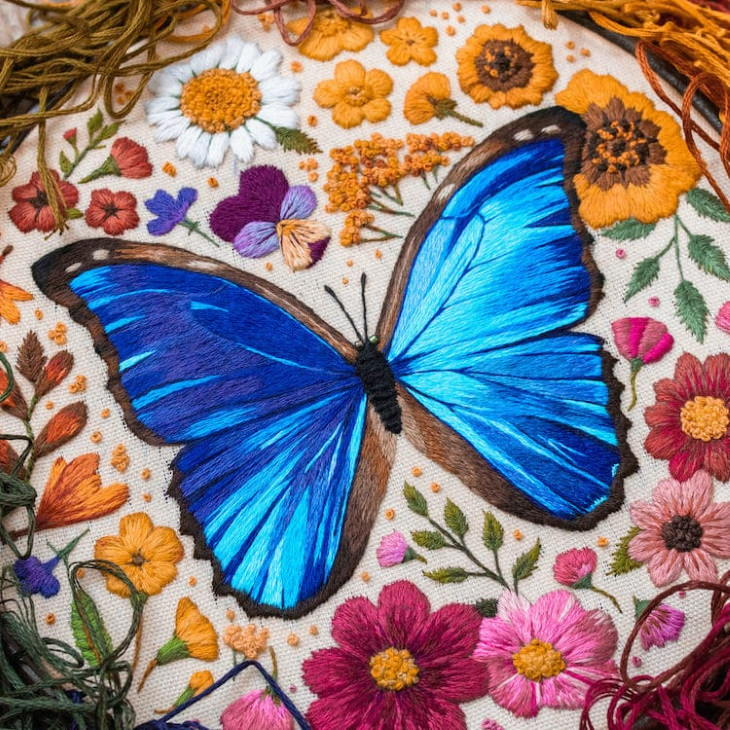 Emillie Ferris mariposa azul