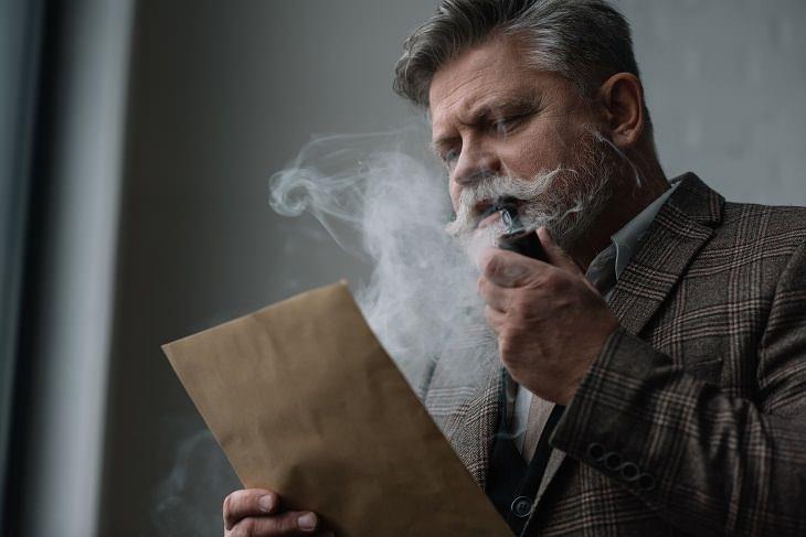 Fumar puros y pipas de tabacoes tan arriesgado como fumar cigarrillos