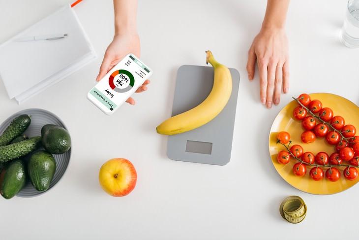7 Mitos Sobre Nutrición cuantas menos calorías mejor