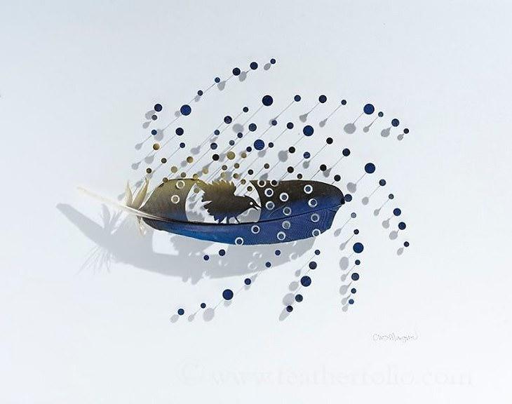 Descubre El Maravilloso Arte Con Plumas De Chris Maynard plumas en forma de ave