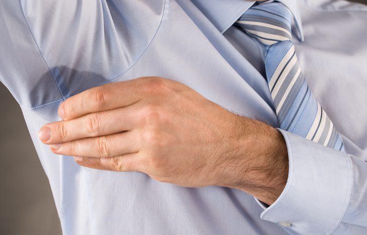 Remedio natural para las manchas en las axilas