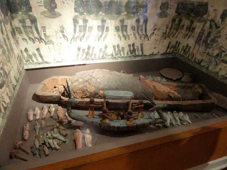 3 descubrimientos arqueológicos del 2020 Momias descubiertas en Egipto durante la crisis del coronavirus