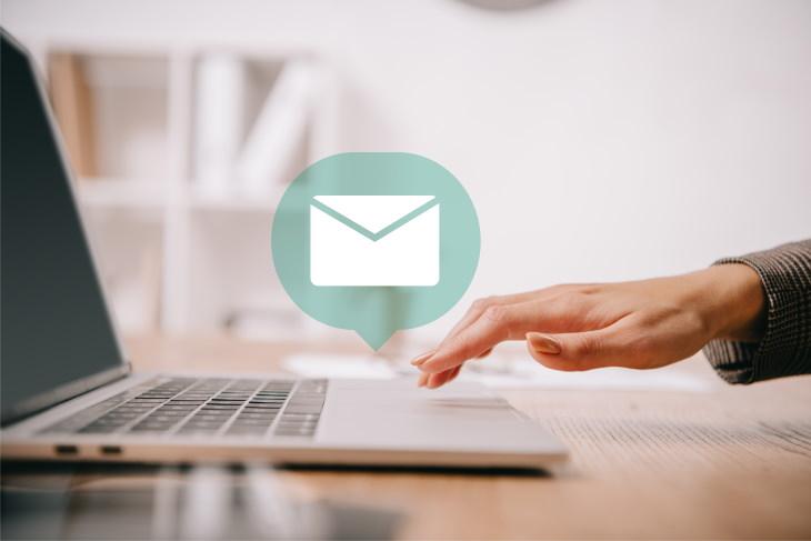 2, Abrir correos electrónicos y ventanas emergentes sospechosos