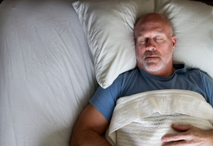 ¿Cuáles son las desventajas de dormir en exceso?
