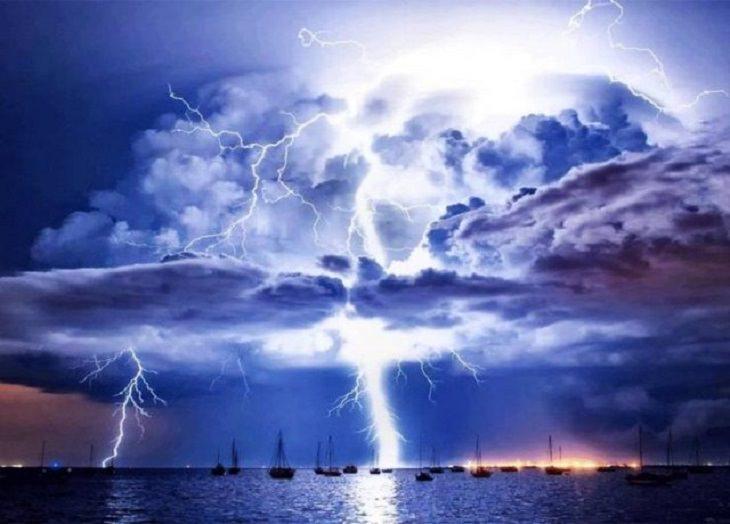 Imágenes De La Fuerza De La Naturaleza El rayo Catacumbo