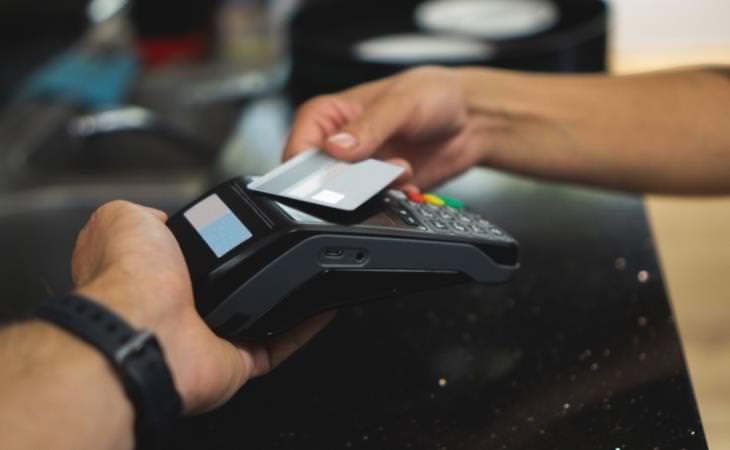 ¿Es Seguro Dar Tu Código Postal Al Realizar Una Compra? Transacción con tarjeta de crédito