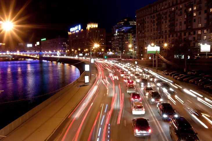 Los Contaminantes Del Aire Podrían Aumentar El Riesgo De Demencia Autos en la carretera